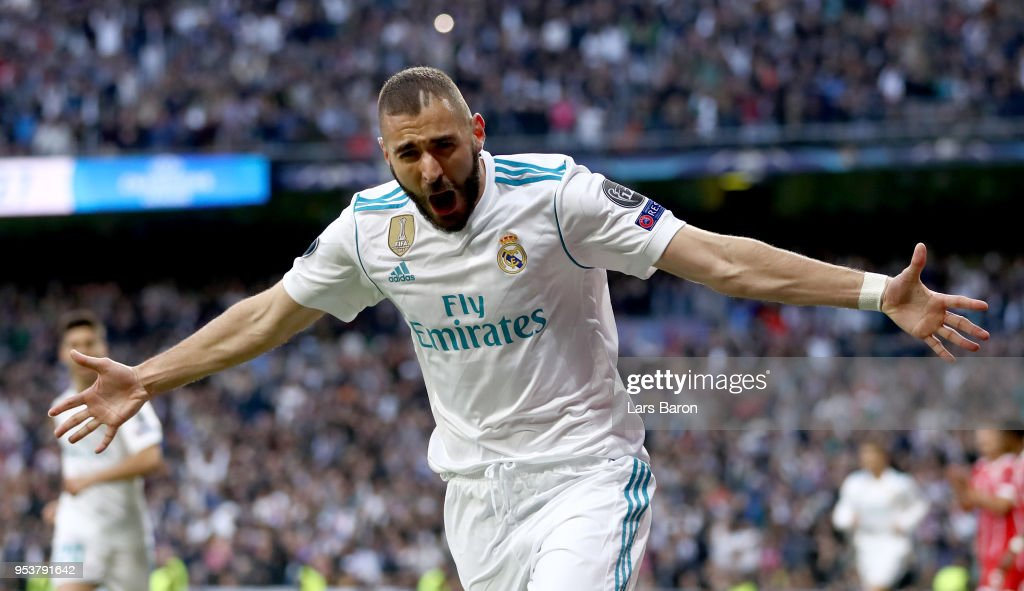 Karim Benzema of Madrid celebrates after scoring his teams first goal during the UEFA Champions League Semi Final Second Leg match between Real Madrid and Bayern Muenchen at the Bernabeu on May 1, 2018 in Madrid, Spain.