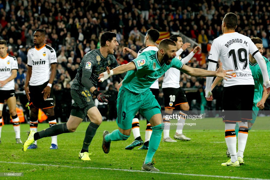 Valencia v Real Madrid - La Liga Santander : News Photo