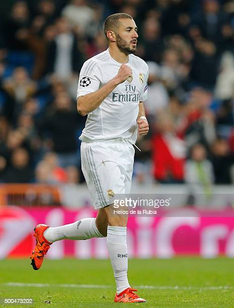 Karim Benzema of Real Madrid celebrates after scoring during the UEFA Champions League Group A match between Real Madrid and Malmo FF at Estadio...