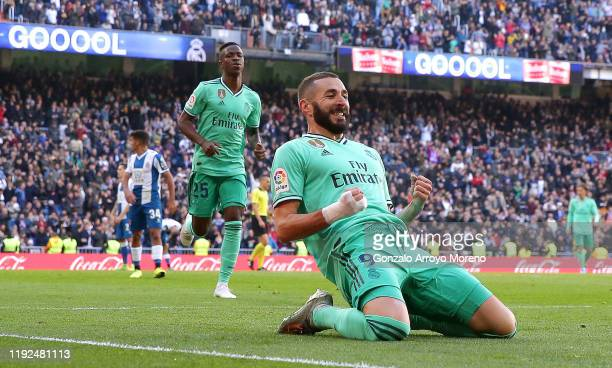 Karim Benzema of Real Madrid celebrates after scoring his team's second goal during the Liga match between Real Madrid CF and RCD Espanyol at Estadio...