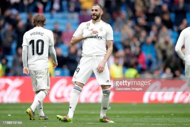 Karim Benzema of Real Madrid celebrates goal during the La Liga Santander match between Real Madrid v Athletic de Bilbao at the Santiago Bernabeu on...