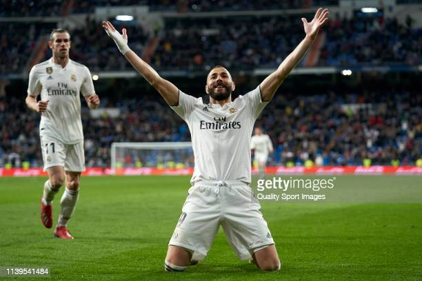 Karim Benzema of Real Madrid celebrates the goal victory during the La Liga match between Real Madrid CF and SD Huesca at Estadio Santiago Bernabeu...