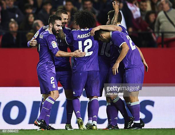 Karim Benzema of Real Madrid CF celebrates after scoring the third goal of Real Madrid CF during the Copa del Rey Round of 16 Second Leg match...