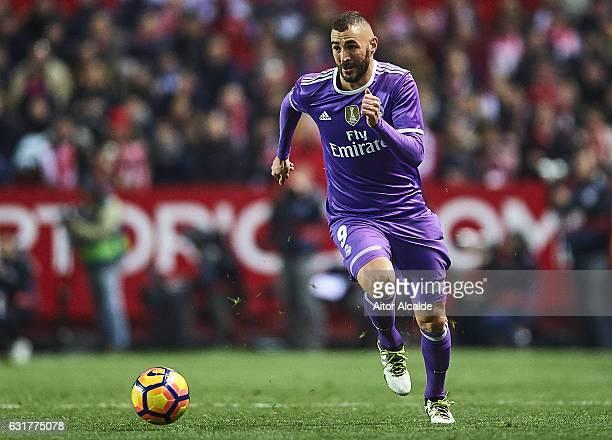 Karim Benzema of Real Madrid CF in action during the La Liga match between Sevilla FC and Real Madrid CF at Estadio Ramon Sanchez Pizjuan on January...