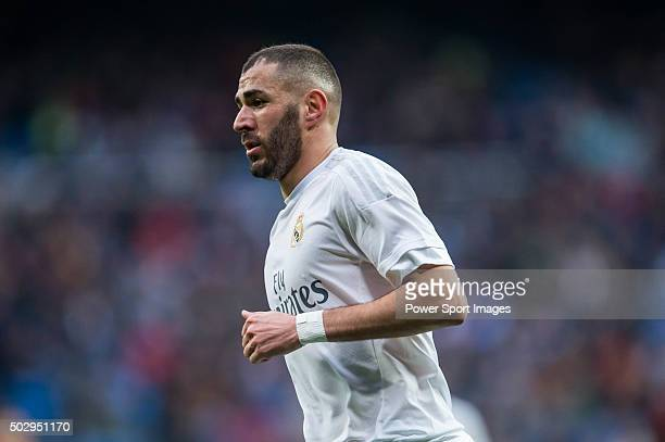 Karim Benzema of Real Madrid CF looks on during the Real Madrid CF vs Real Sociedad as part of the Liga BBVA 20152016 at the Estadio Santiago...