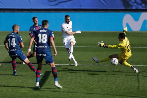ESP: Real Madrid v SD Huesca - La Liga Santander