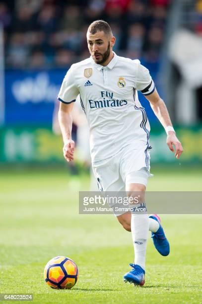 Karim Benzema of Real Madrid controls the ball during the La Liga match between SD Eibar and Real Madrid at Ipurua Municipal Stadium on March 4 2017...
