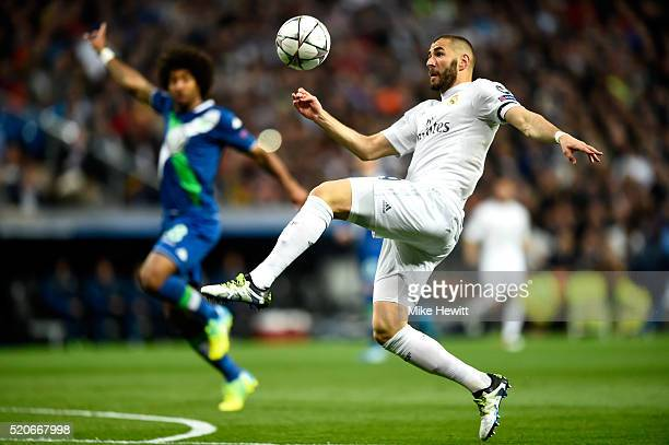 Karim Benzema of Real Madrid controls the ball during the UEFA Champions League quarter final second leg match between Real Madrid CF and VfL...