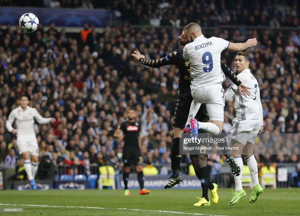 Real Madrid CF v SSC Napoli - UEFA Champions League Round of 16: First Leg : News Photo