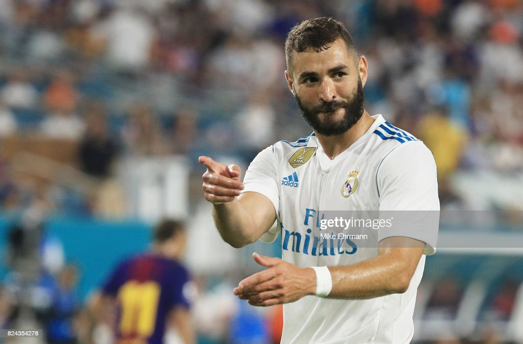Karim benzema photos pictures of karim benzema getty images karim benzema 9 of real madrid reacts in the first half against barcelona during their voltagebd Gallery