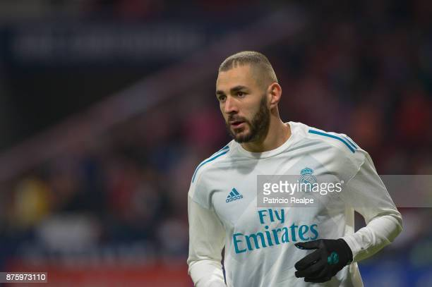 Karim Benzema of Real Madrid warms up prior to the match between Atletico Madrid and Real Madrid as part of La Liga at Wanda Metropolitano Stadium on...