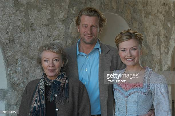 """Karin Anselm, Michael von Au, Johanna Christine Gehlen , Dreharbeiten zum ARD-Film """"Utta Danella - Der Himmel in Deinen Augen"""", Chiemsee/Fraueninsel,..."""