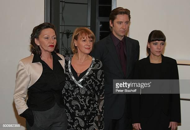 Karin Neuhäuser Mariele Millowitsch Nicki von Tempelhoff Jan Thies RTLDramaSerie 'Die Familienanwältin' Köln Deutschland PNr 1479/2005 Kanzlei...