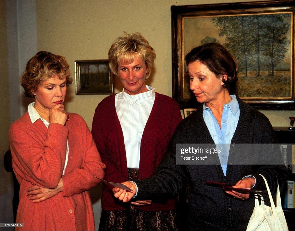 Karin Rasenack (mitte), Witta Pohl (links), Margot Nagel (rechts ...