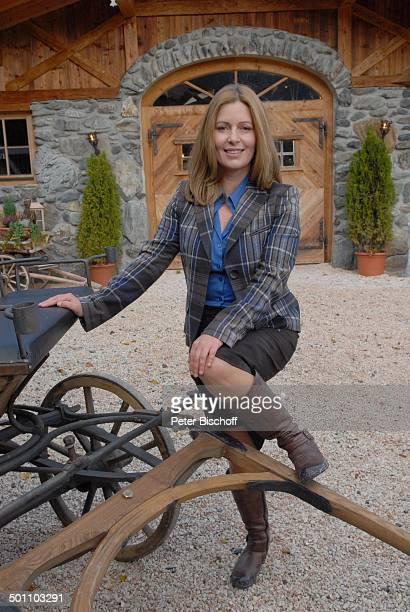 Karin Thaler ARD/ORFFilm Heimkehr mit Hindernissen Ellmau Tirol sterreich Europa Dreh Schauspielerin Promi BB FTP PNr 957/2011