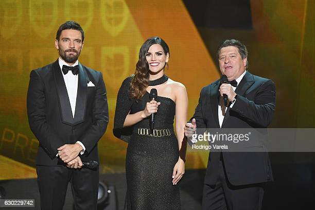 Karina Banda and Miguel El Piojo Herrera speak onstage during Premios Univision Deportes 2016 on December 18 2016 in Miami Florida