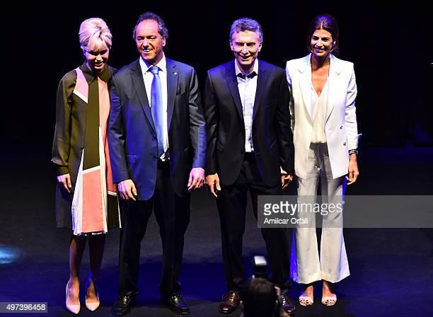 AIRES ARGENTINA NOVEMBER Karina Rabolini Buenos Aires and presidential candidate Daniel Scioli Mauricio Macri presidential candidate for CAMBIEMOS...