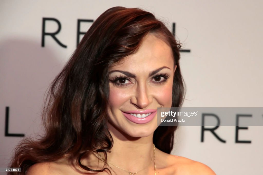 Karina Smirnoff's Valentine's Fan Meet And Greet