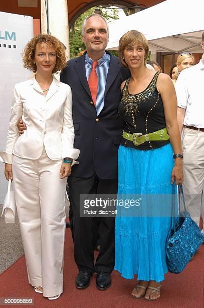 Karina Thayenthal Thilo Kleine Carin C Tietze Empfang der Bavaria Film Filmfest München PNr 906/2005 Handtasche Party roter Teppich Schauspielerin...