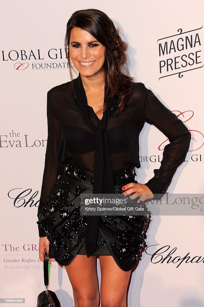Eva Longoria Presents 'Global Gift Gala' 2013 - Photocall