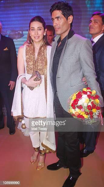 Karisma Kapoor and Manish Malhotra at Manish Malhotra bridal show in Mumbai on October 22 2010
