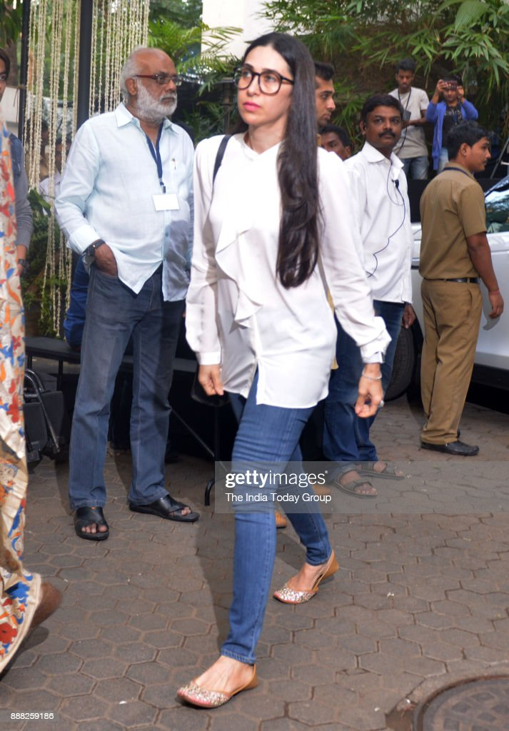 Karisma Kapoor at Shashi Kapoor`s condolence meeting at Prithvi Theatre in Mumbai