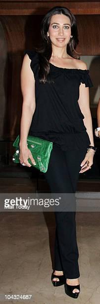 Karisma Kapoor at Tusshar Kapoor's party thrown for Malaika Arora Khan in Mumbai on September 20 2010