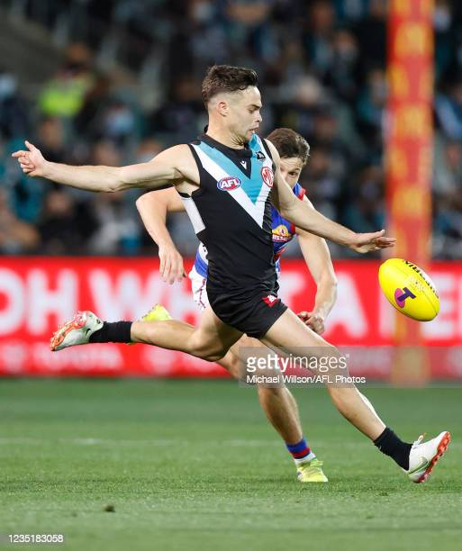 Karl Amon of the Power in action during the 2021 AFL Second Preliminary Final match between the Port Adelaide Power and the Western Bulldogs at...