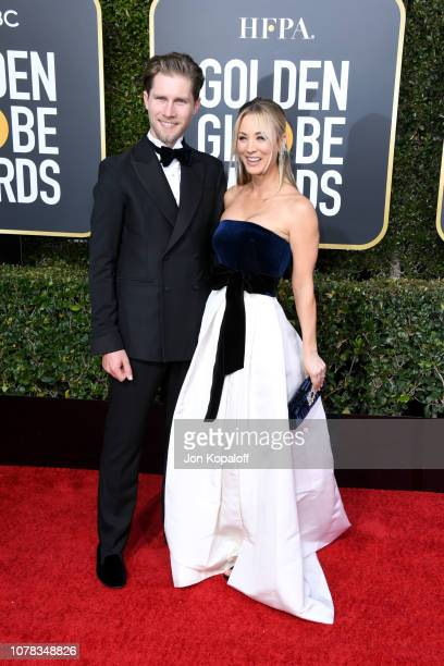 Karl Cook and Kaley Cuoco attend the 76th Annual Golden Globe Awards at The Beverly Hilton Hotel on January 6, 2019 in Beverly Hills, California.