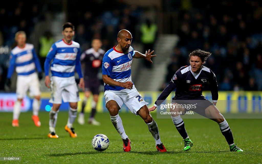 Karl Henry of Queens Park Rangers and Jeff Hendrick of Derby County during the Sky Bet Championship match between Queens Park Rangers and Derby County at at Loftus Road on March 8, 2016 in London, England.