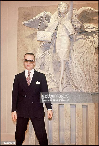 Karl Lagerfeld at Chanel 1987 Spring/Summer Collection Fashion Show