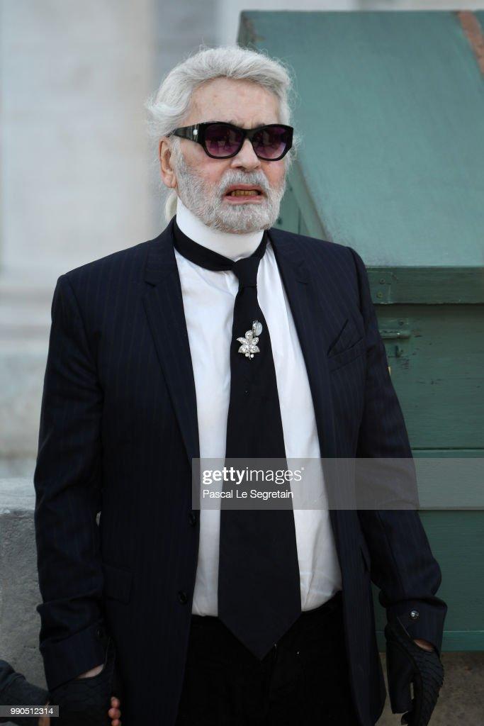 Chanel : Runway - Paris Fashion Week - Haute Couture Fall Winter 2018/2019 : News Photo