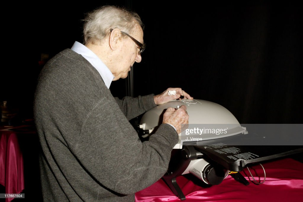 Karl Malden with Weber Q during 2004 Screen Actors Guild Awards - Backstage Creations Day One at The Shrine Auditorium in Los Angeles, California, United States.