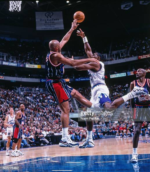 Houston Rockets Vs Utah Jazz: Karl Malone Of The Utah Jazz Shoots Against Charles