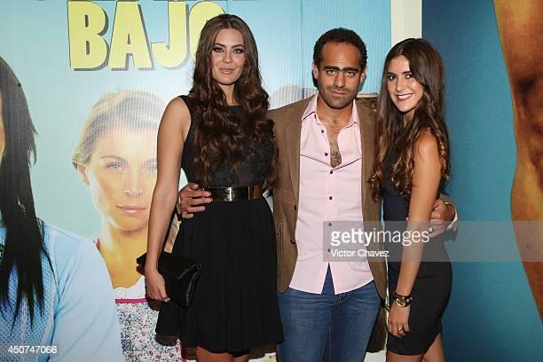 Karla Carrillo and guests attend the Volando Bajo Mexico City premiere at Cinepolis Diana on June 16 2014 in Mexico City Mexico