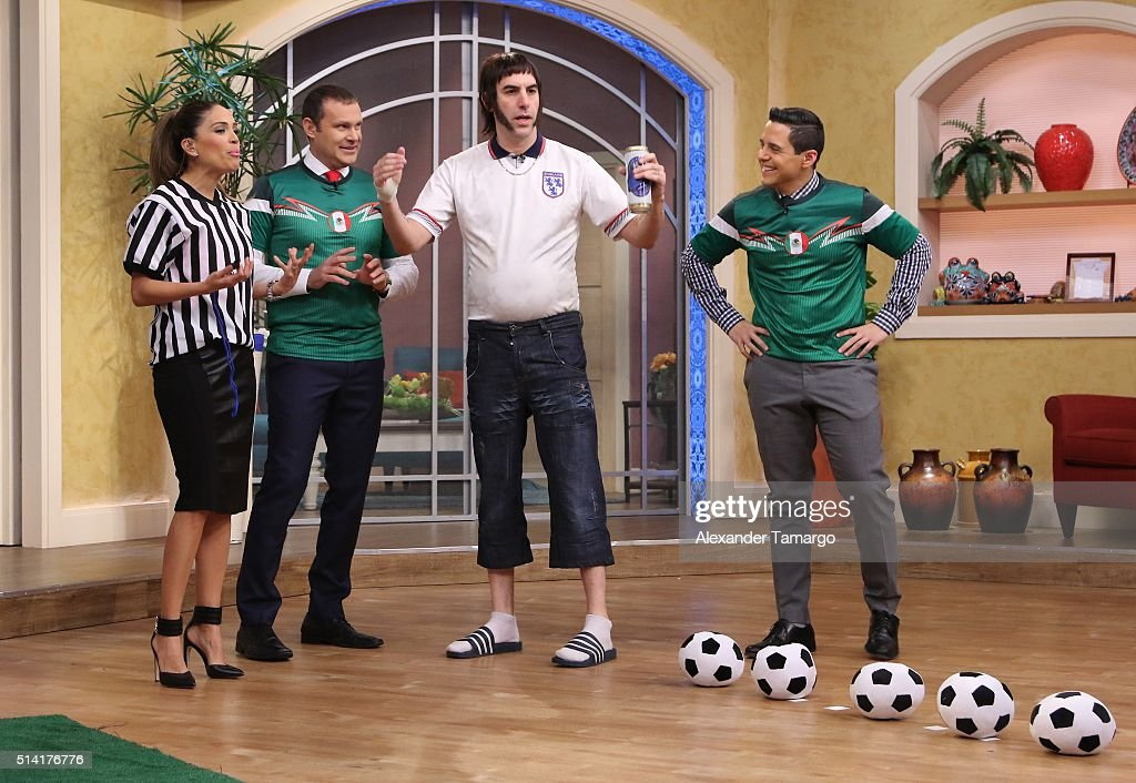 "Celebrities On The Set Of Univision's ""Despierta America"" - March 7, 2015"