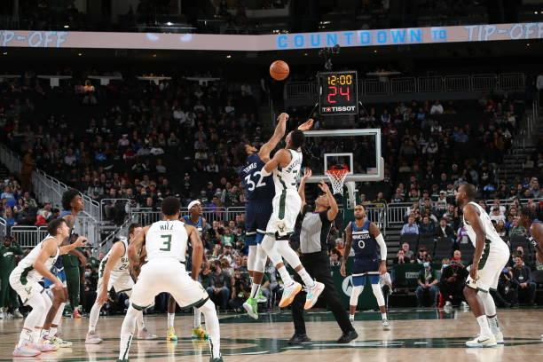 WI: Minnesota Timberwolves v Milwaukee Bucks