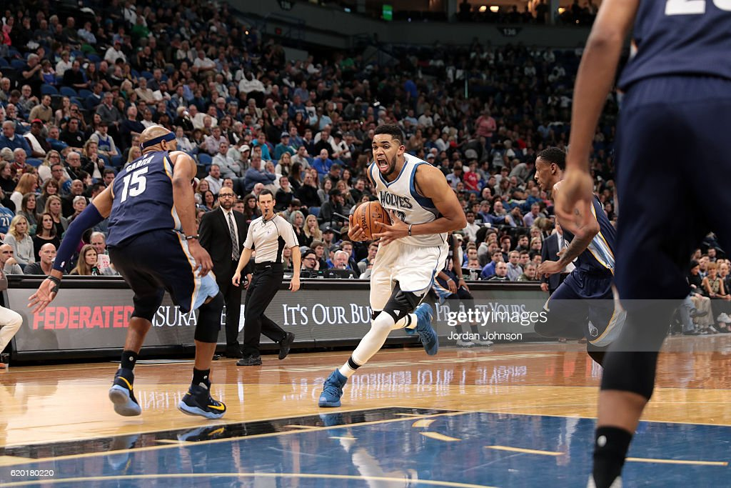 Karl-Anthony Towns #32 of the Minnesota Timberwolves drives to the basket during the game against the Memphis Grizzlies on November 1, 2016 at Target Center in Minneapolis, Minnesota.