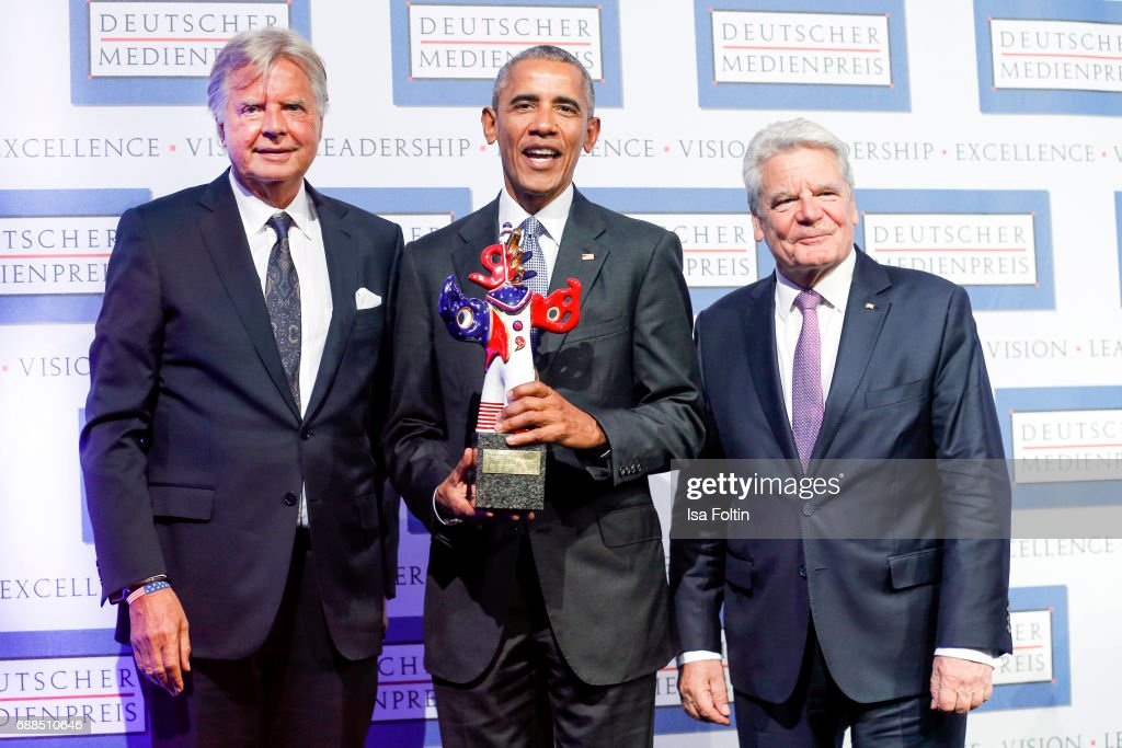 Karlheinz Koegel, former US president Barack Obama with his award and former German president Joachim Gauck during the German Media Award 2016 at Kongresshaus on May 25, 2017 in Baden-Baden, Germany. The German Media Award (Deutscher Medienpreis) has been presented annually since 1992 to honor personalities from public life.
