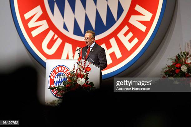 KarlHeinz Rummenigge CEO of Bayern Muenchen speaks during the FC Bayern Muenchen general meeting at the Neue Messe Munich on November 27 2009 in...