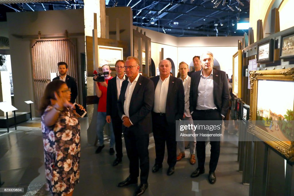 Karl-Heinz Rummenigge (C) , CEO of Bayern Muenchen visits with Steffen Koch (C- L), Acting head of Mission German Embassy Singapore and Uli Hoeness (C-R), President of FC Bayern Muenchen the National Museum of Singapore during the Audi Summer Tour 2017 on July 24, 2017 in Singapore.