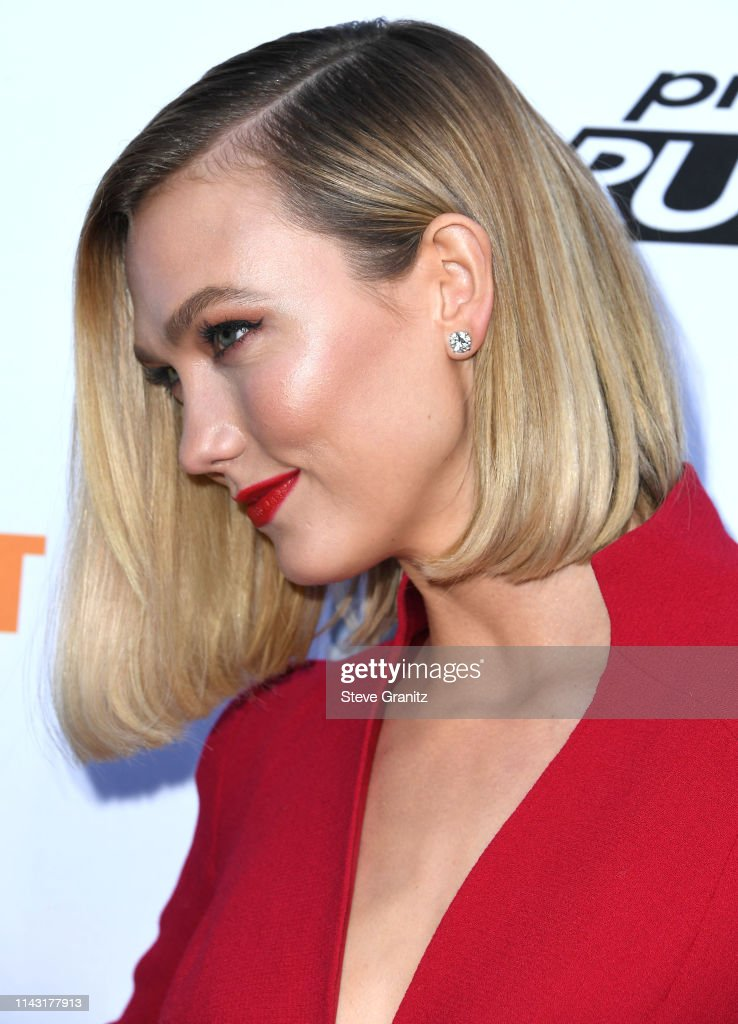 Karlie Kloss Arrives At The Bravo S Top Chef And Project Runway