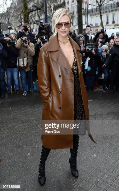 Karlie Kloss arrives at the Valentino show as part of the Paris Fashion Week Womenswear Fall/Winter 2018/2019 on March 4 2018 in Paris France