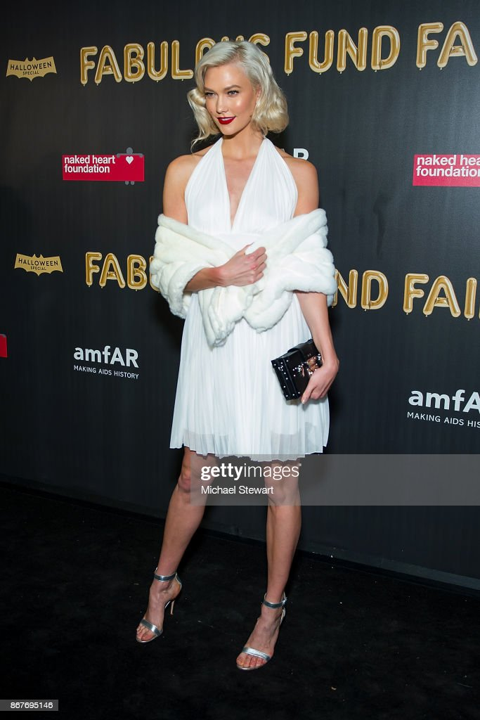 Karlie Kloss attends 2017 amfAR and The Naked Heart Foundation Fabulous Fund Fair at Skylight Clarkson Sq on October 28, 2017 in New York City.