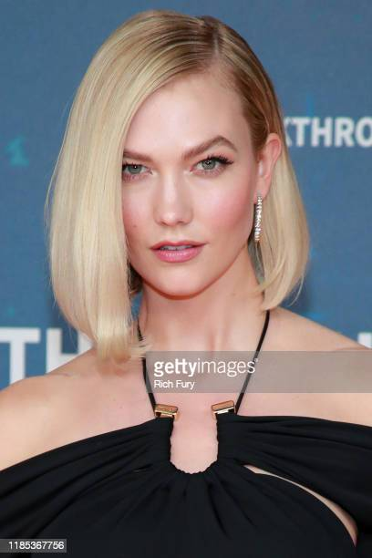 Karlie Kloss attends the 8th Annual Breakthrough Prize Ceremony at NASA Ames Research Center on November 03 2019 in Mountain View California