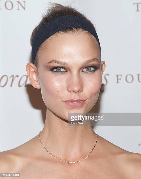 Karlie Kloss attends the Gordon Parks Foundation Awards Dinner at the Plaza Hotel in New York City �� LAN