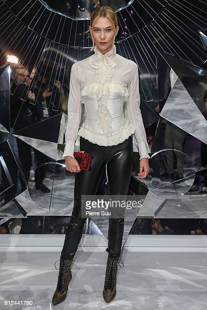 Karlie Kloss attends the Shiatzy Chen show as part of the Paris Fashion Week Womenswear Spring/Summer 2017 on October 4 2016 in Paris France