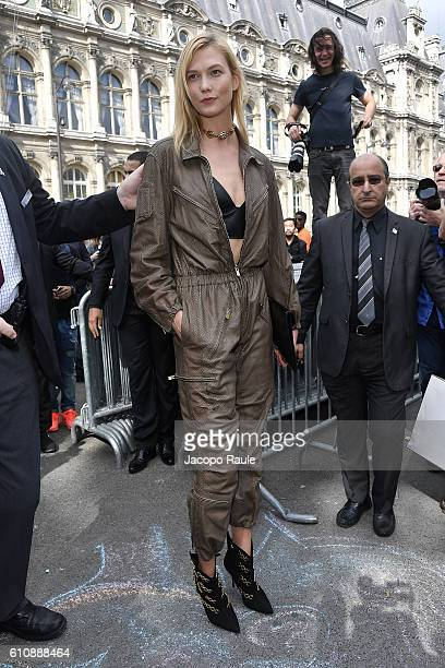 Karlie Kloss is seen leaving the Lanvin fashion show during the Paris Fashion Week Spring/Summer 2017 on September 28 2016 in Paris France