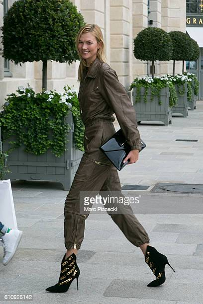 ec1922138d9 Celebrity Sightings In Paris September 28 2016 Stock Photos and ...