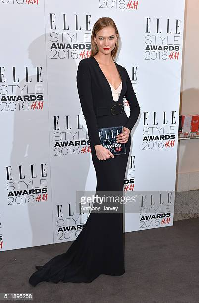 Karlie Kloss poses with her award for Inspiring Woman of The Year in the winners room at The Elle Style Awards 2016 on February 23 2016 in London...
